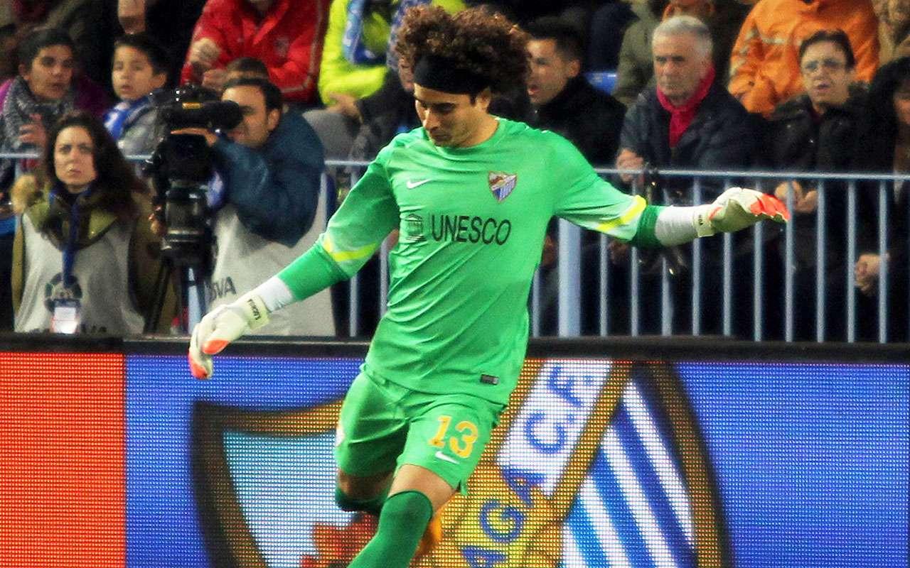 Guillermo Ochoa cerró la cortina en el empate de Málaga ante Athletic en Copa del Rey. Foto: Mexsport