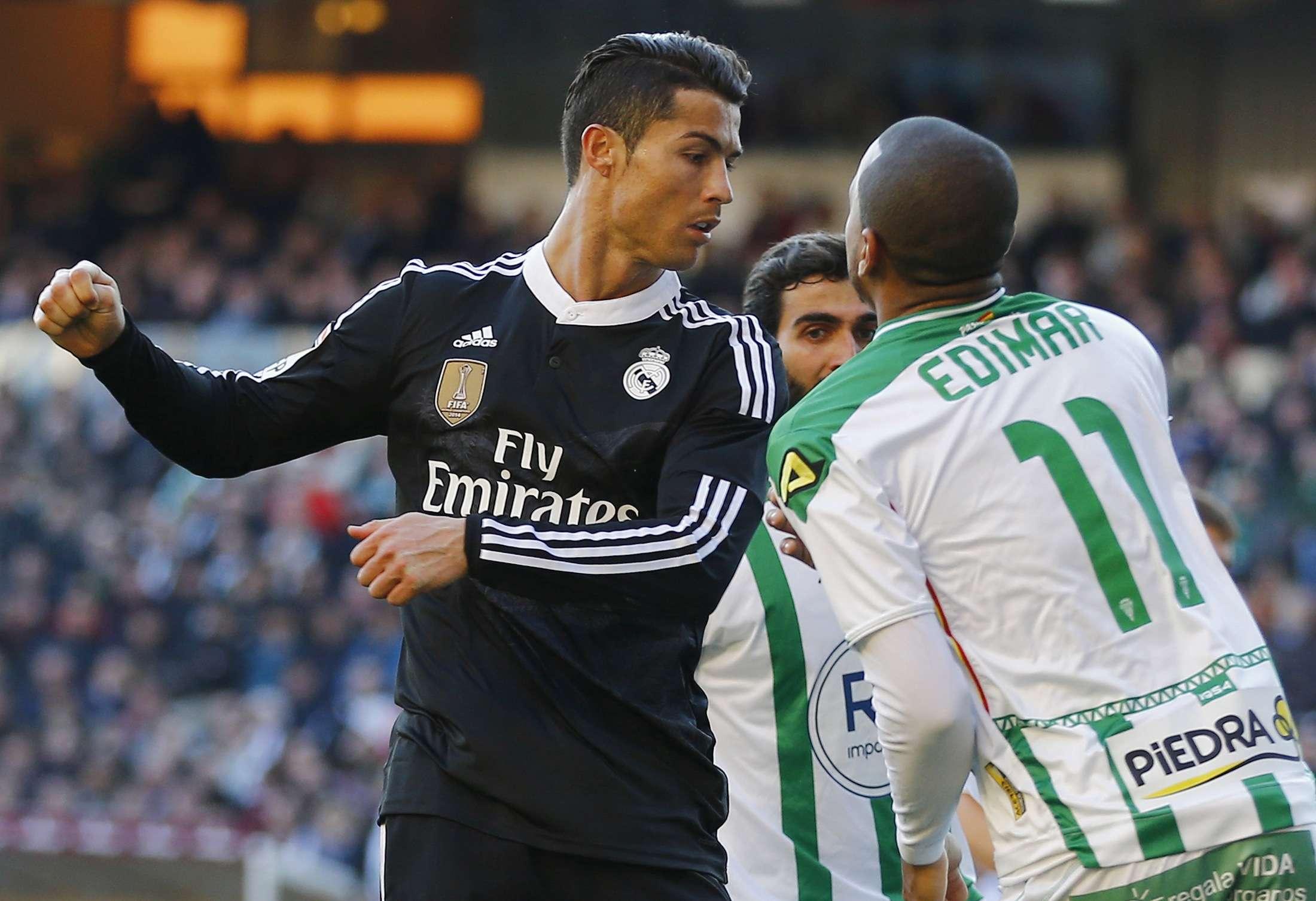 Cristiano goleó a Edemir y luego se burló del público rival. Foto: Reuters en español