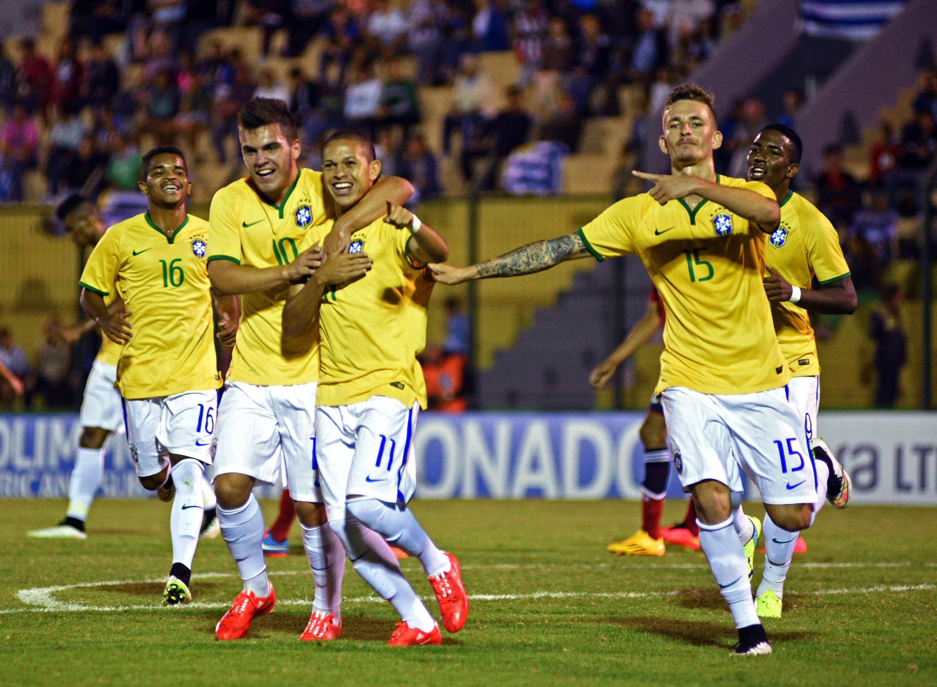 Thalles y Marcos Guilherme fueron los anotadores brasileños. Foto: EFE