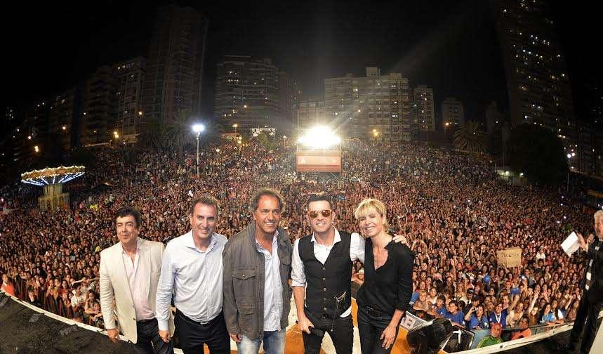 Axel cantó ante más de 150 mil personas en Mar del Plata. Foto: Noticias Argentinas