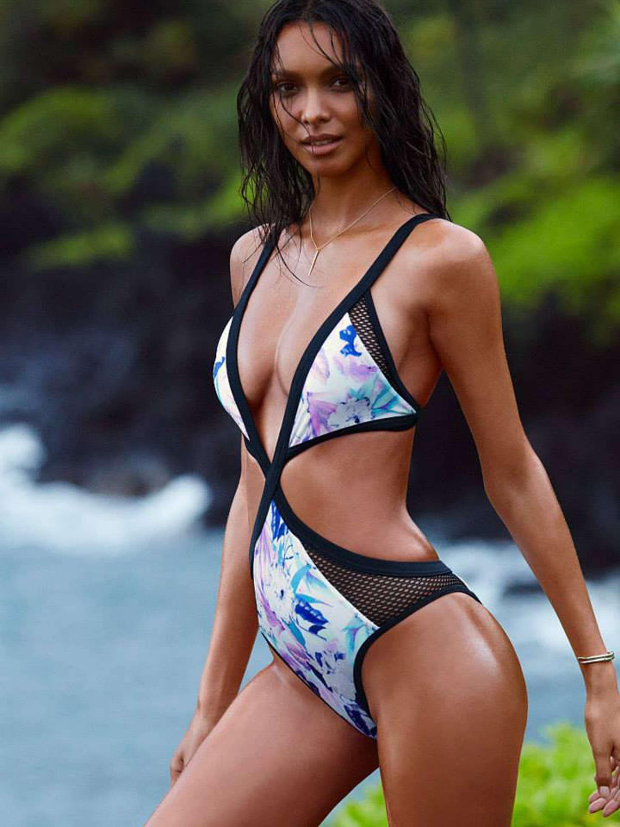 Brasileira estrela campanha de beachwear da Victoria's Secret Foto: The Grosby Group