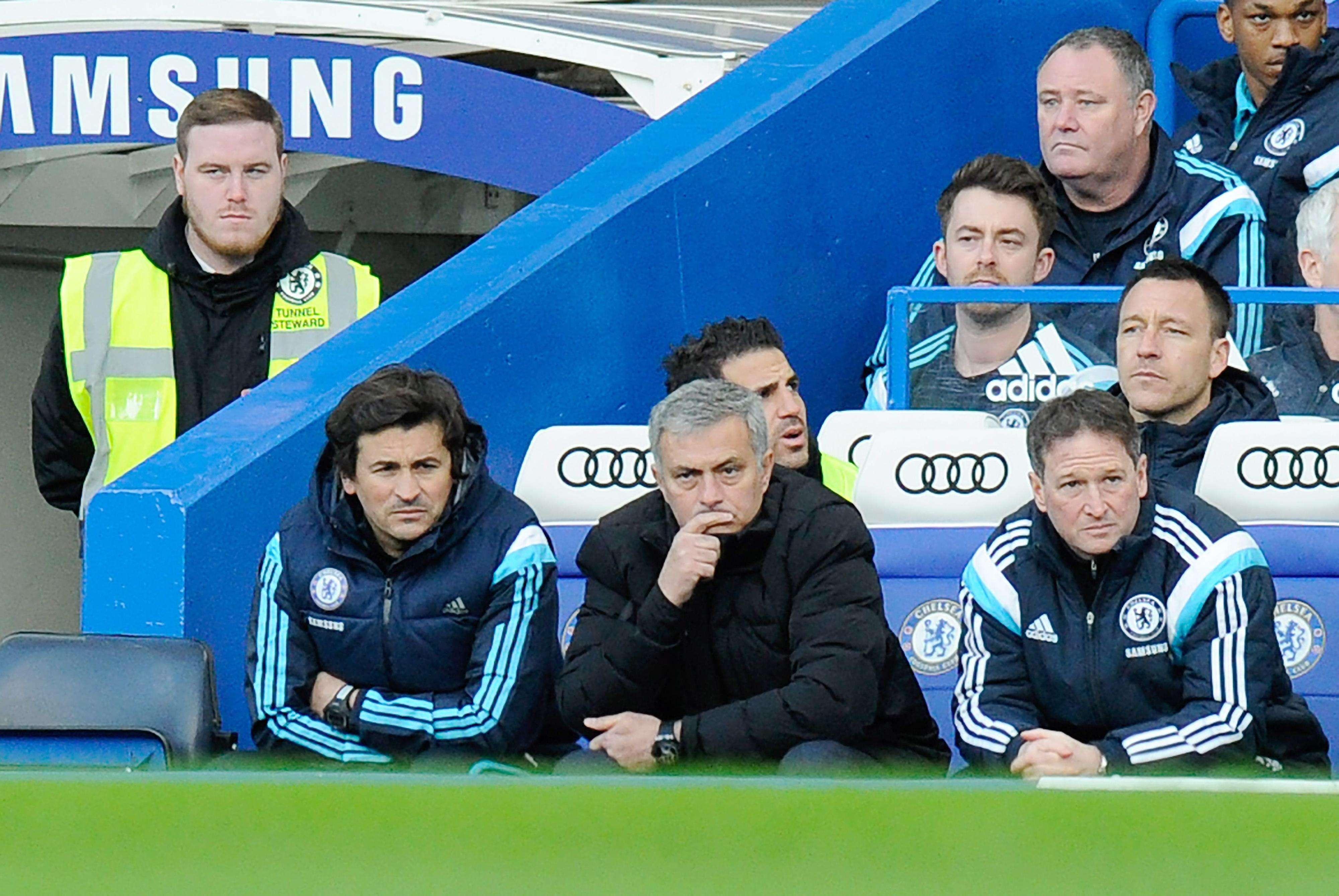 Mourinho, durante el partido de la FA Cup que enfrentaba al Chelsea contra el Bradford y que perdió su equipo por 2-4. Foto: EFE en español