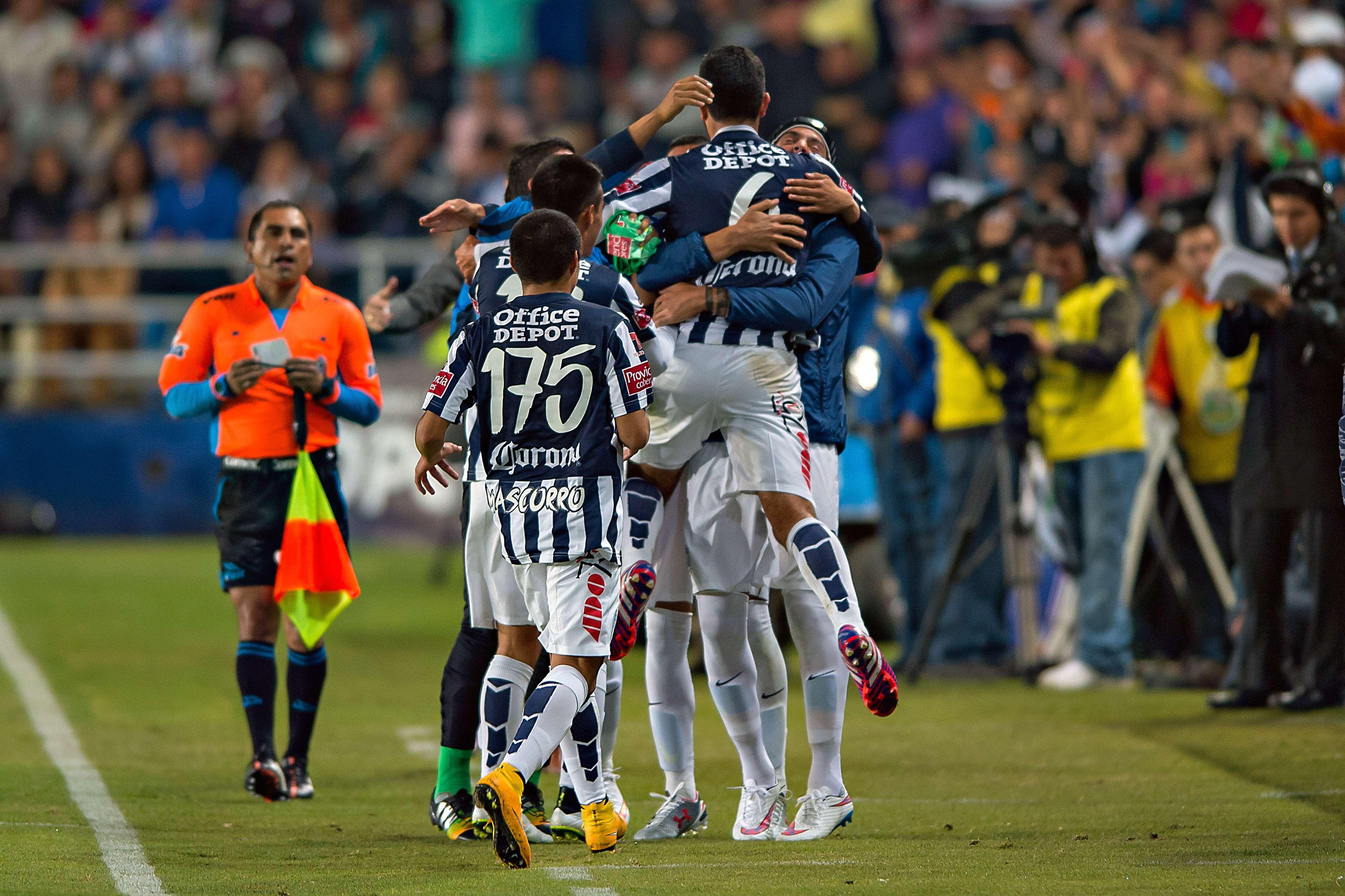 Los Tuzos consiguieron tres puntos muy valiosos. Foto: Mexsport