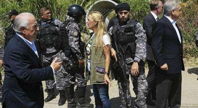 López está siendo juzgado por su supuesta responsabilidad en las violentas protestas contra el gobierno de Nicolás Maduro iniciadas en febrero pasado. Foto: Reuters en español