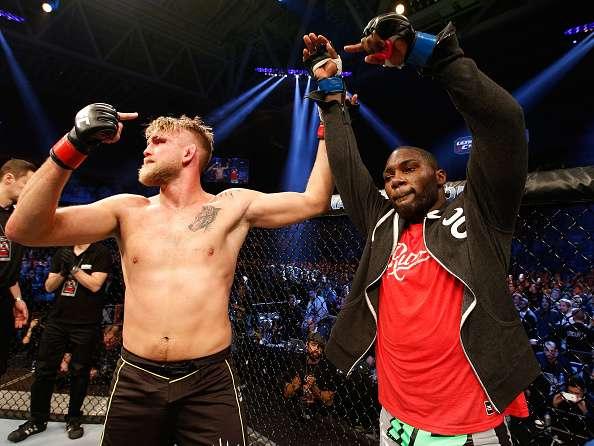 Gustaffson reconoció su derrota. Foto: UFC