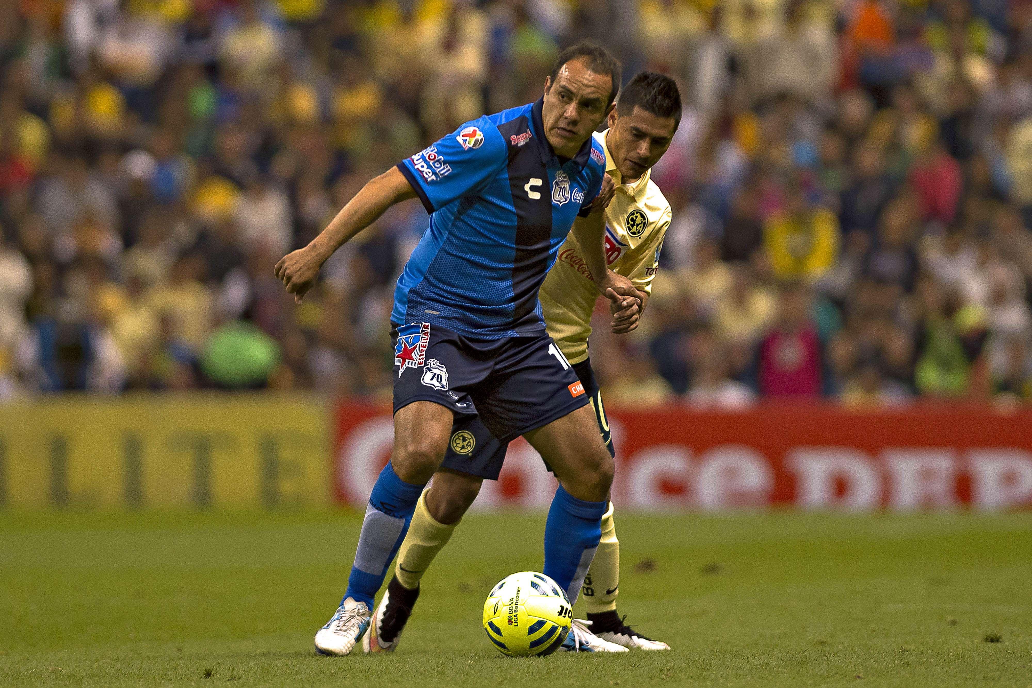 Cuauhtémoc Blanco se llevó una impresionante ovación de la afición en el Estadio Azteca. Foto: Mexsport
