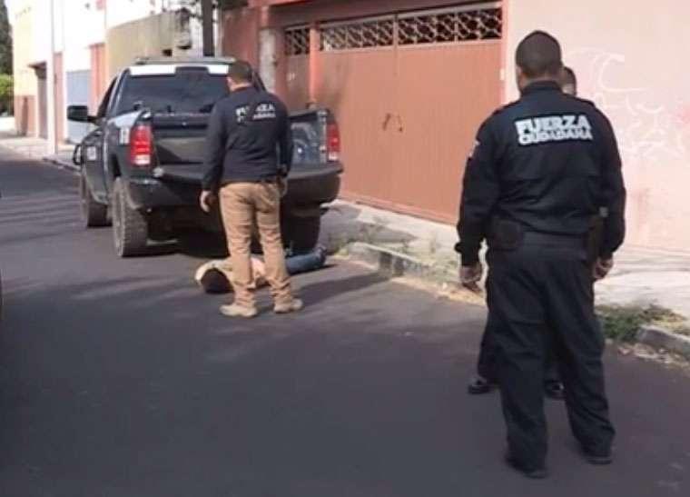 Primer delincuente fue sometido tras tiroteo; cómplices son detenidos posteriormente. Foto: Quadratín