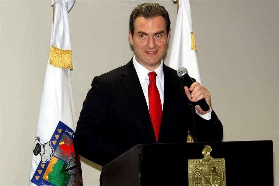 Adrián de la Garza irá por la Alcaldía de Monterrey por el PRI. Foto: Reforma