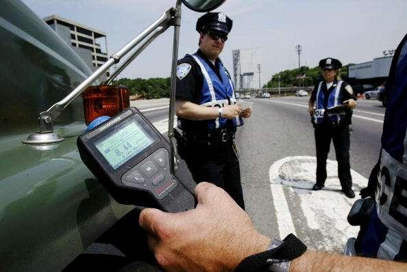 Luis Moreno Jr. fue detenido por una infracción de tránsito en el carril de alta velocidad del puente George Washington. Foto: Getty Images