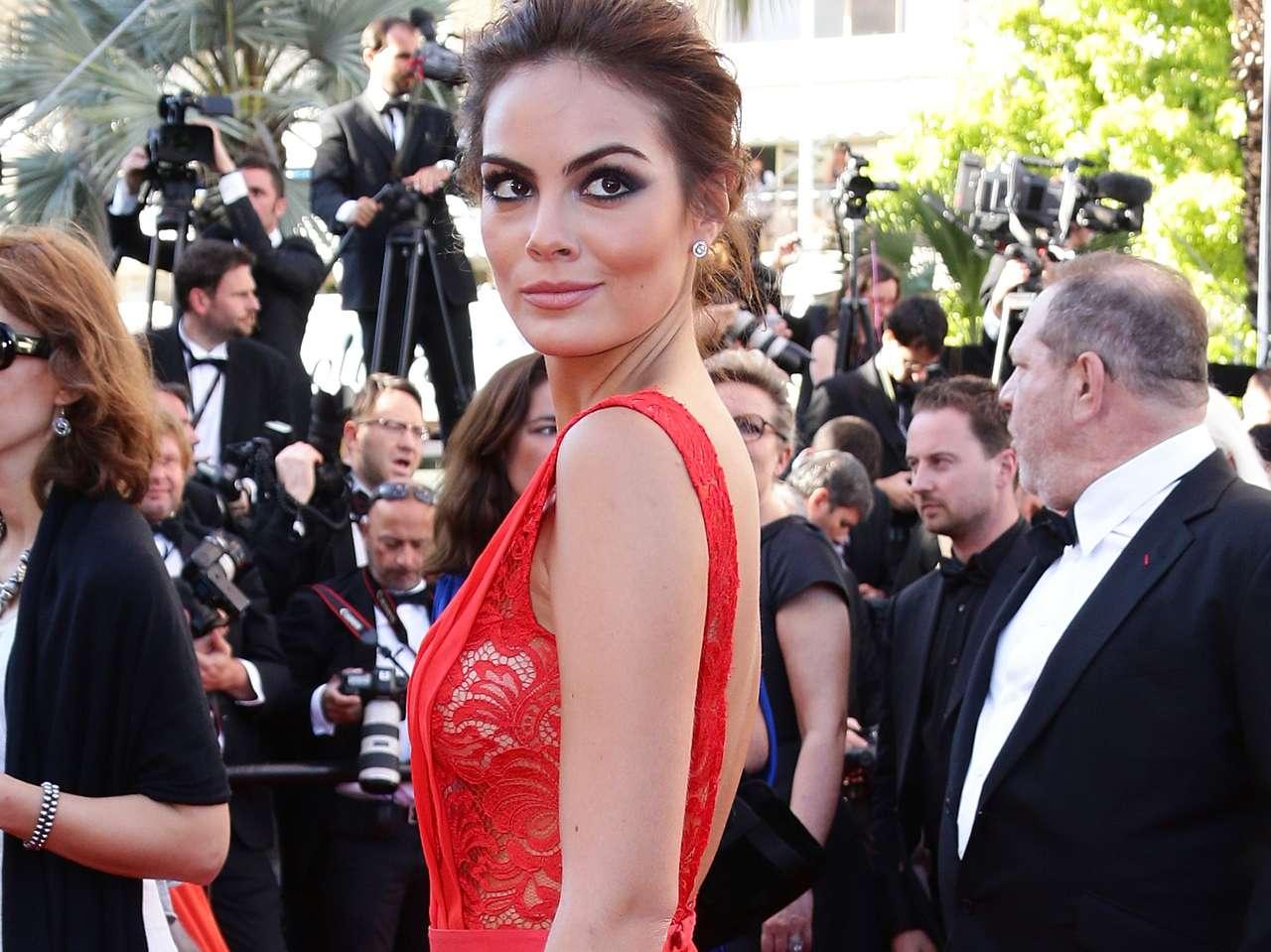 Ximena Navarrete ya ha desfilado en alfombras rojas de festivales de cine, como reina de belleza de Miss Universo. Foto: Getty Images