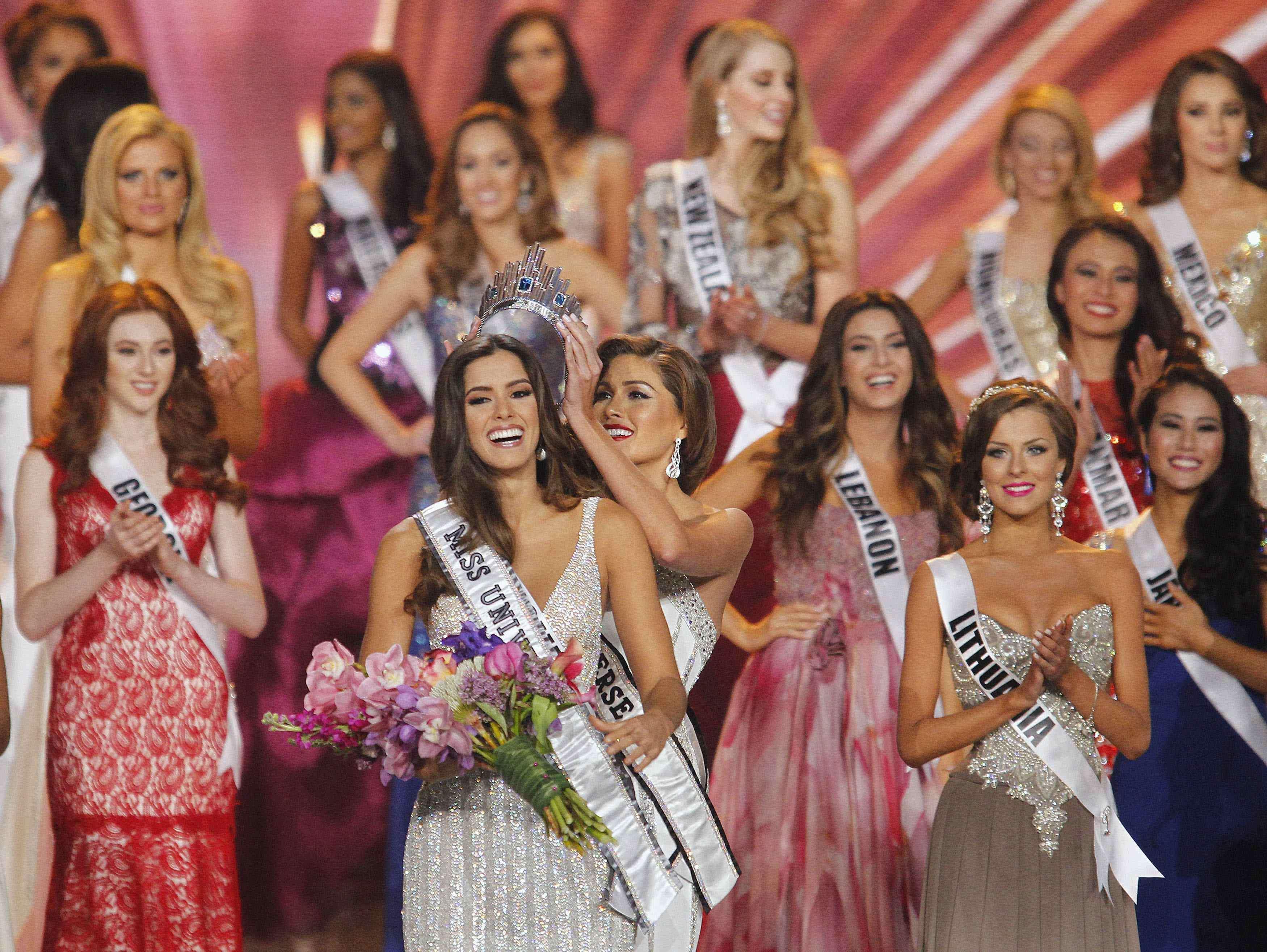 A 63ª edição do Miss Universo foi realizado em Miami, nos Estados Unidos, na noite desse domingo (25). A candidata colombiana Paulina Veiga foi a grande vencedora. Foto: Andrew Innerarity/Reuters