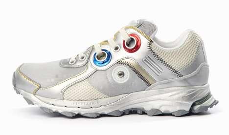 Os novos tênis da Adidas utilizam o mesmo design das roupas dos astronautas da Nasa usadas na viagem à lua Foto: Deezen/Reprodução