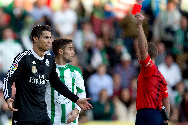 Cristiano Ronaldo, en el momento de su expulsión. Foto: Getty Images