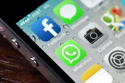 El Gobierno podrá intervenir, sin orden judicial, hasta mensajes de Whatsapp. Foto: Archivo/Reforma