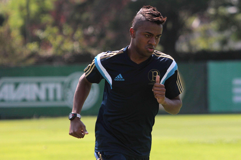 Kelvin pode desfalcar o Palmeiras no Campeonato Paulista Foto: Leonardo Benassatto/Futura Press