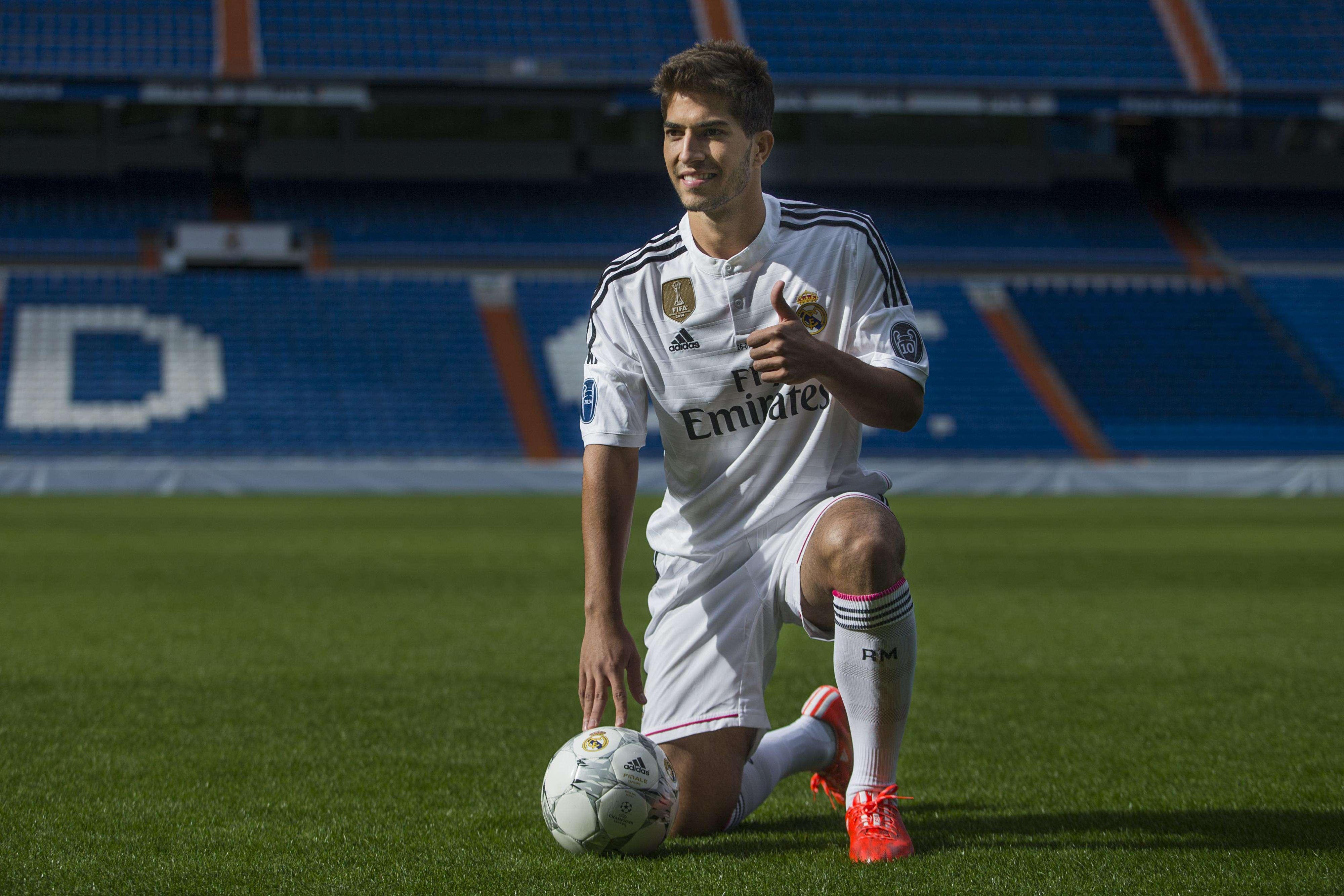 Lucas Silva volta ao Santiago Bernabéu, mas não mais como torcedor Foto: Andres Kudacki/AP