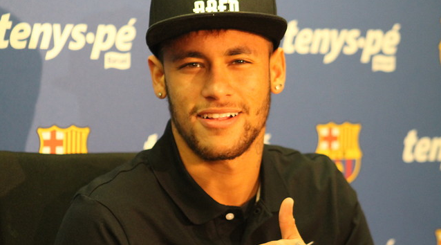 Neymar cheerfully answered the media's questions at today's conference / PHOTO: MIGUEL RUIZ-FCB. Foto:  MIGUEL RUIZ/FC Barcelona