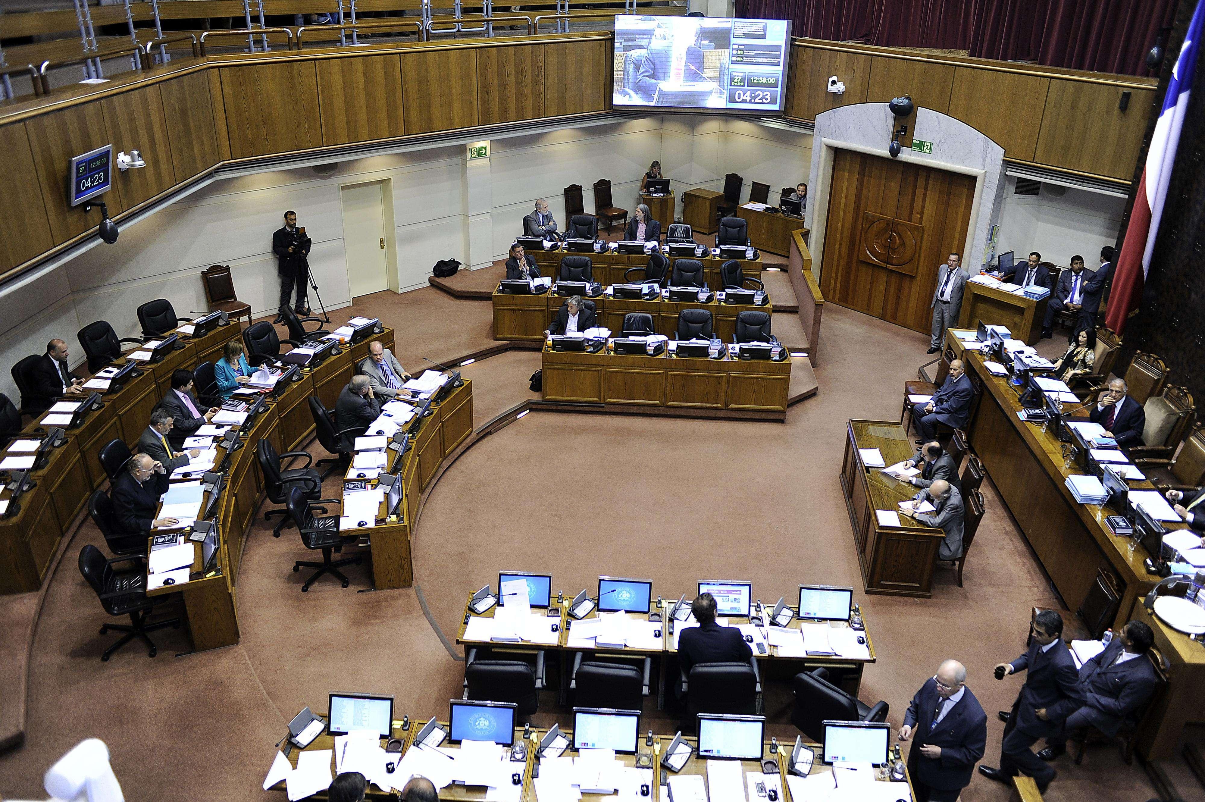 El Hemiciclo del Senado, el 27 de enero de 2015, donde también se aprobó la conformación de Comisión Mixta para zanjar proyecto de Unión Civil PUC . Foto: Agencia UNO