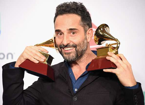 Jorge Drexler celebra sus Grammy Latinos 2014 Foto: Getty Images