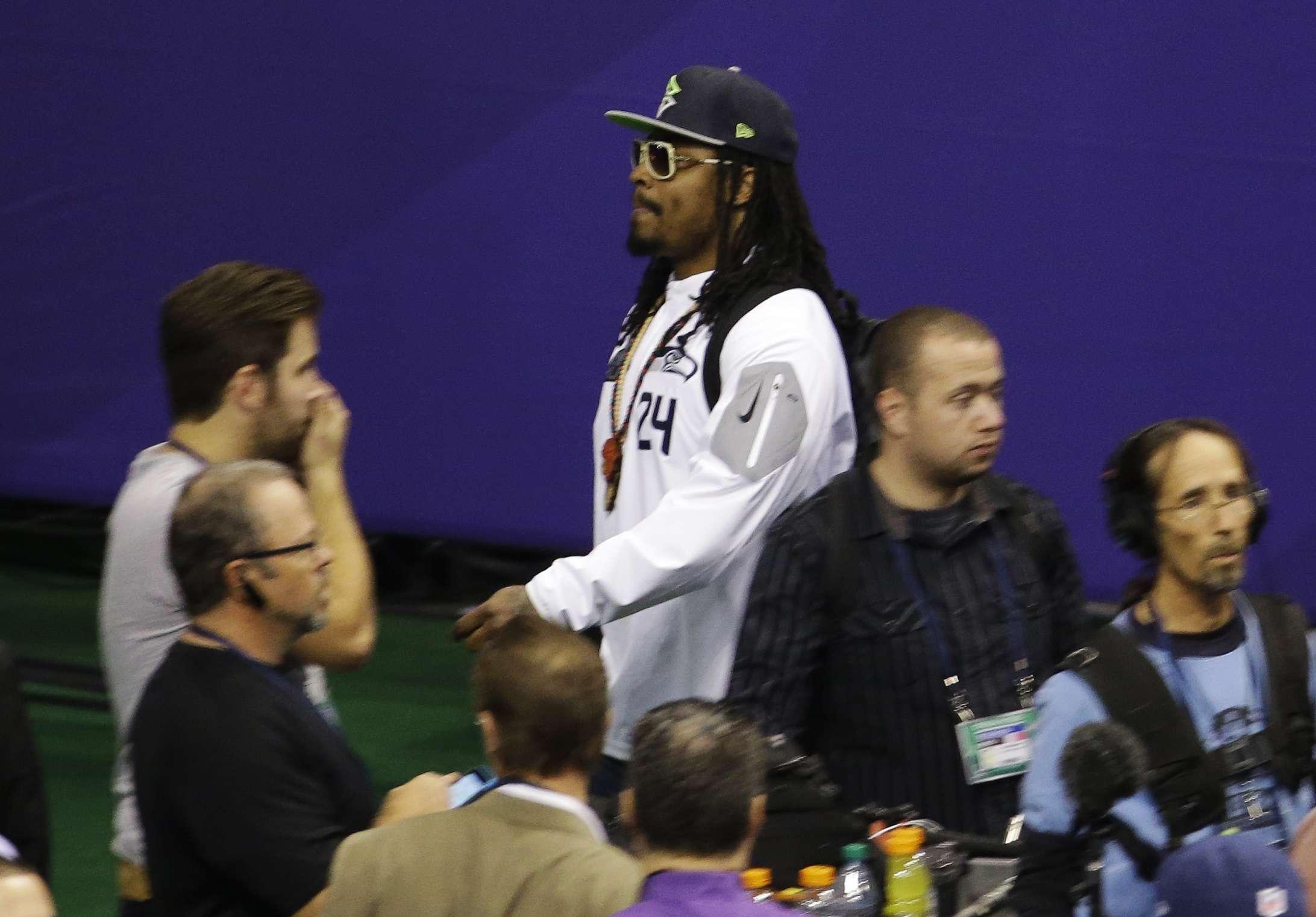 Marshawn Lynch volvió a mostrar su falta de respeto con la prensa en pleno Media Day Foto: AP
