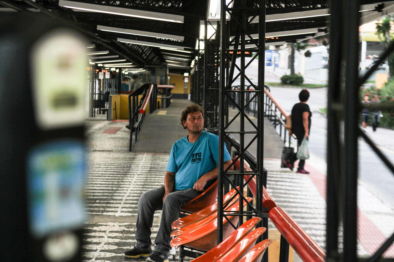 Terminal do Cabral praticamente vazio na manhã desta terça-feira Foto: Vagner Rosário/Futura Press
