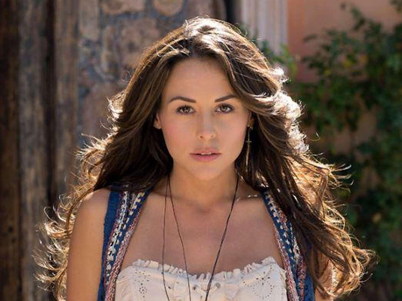 Zuria Vega es 'Abigail' en la telenovela de Univisión y Televisa. Foto: Twitter/@zuriavvega