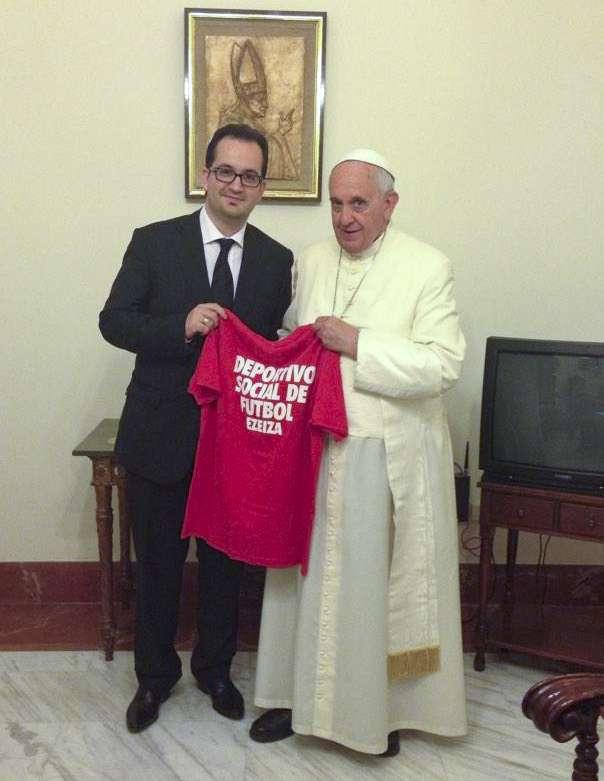 El penalista Roberto Manuel Carlés durante una visita al papa Francisco. Foto: Noticias Argentinas