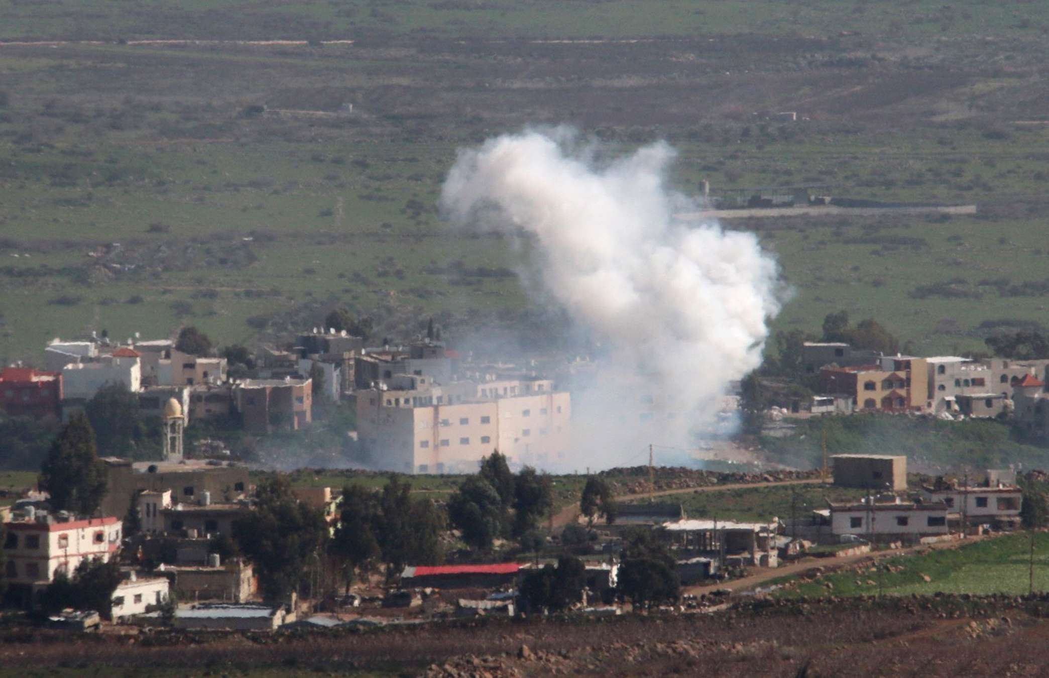 Imagen de los combates en el sur del Líbano Foto: Reuters