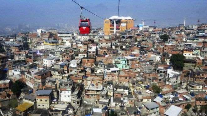 Estudo afirma que viver em um bairro pobre durante os primeiros 16 anos de vida afeta a renda por muitas décadas Foto: Reuters