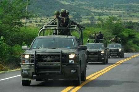 Gurrola adelantó que permanecerá el blindaje en las fronteras de Michoacán. Foto: Quadratín