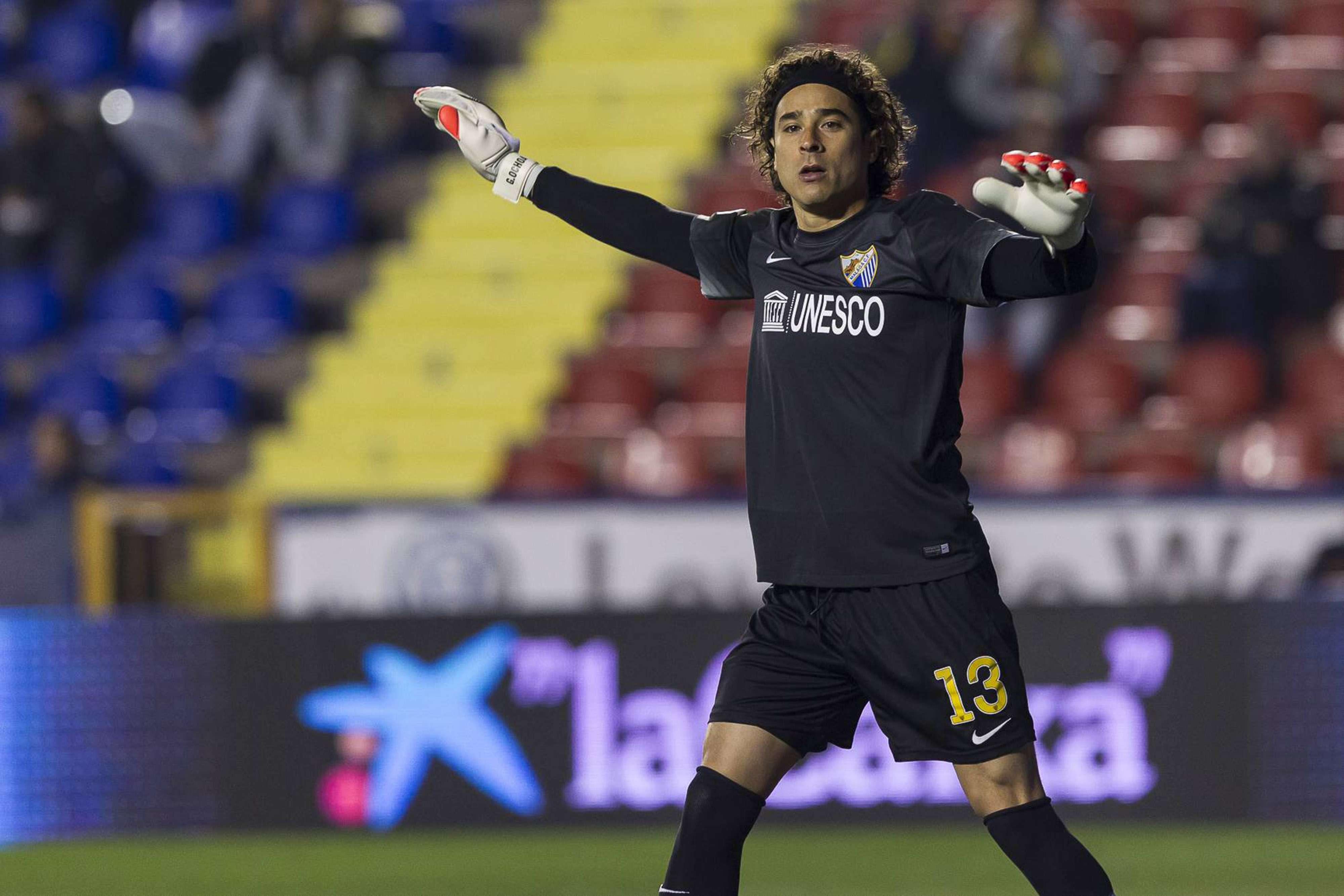 Francisco Guillermo Ochoa el arquero mexicano que podría jugar con Málaga en la Copa del Rey. Foto: Mexsport