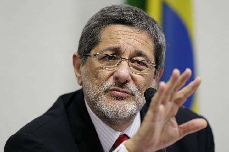 Ex-presidente da Petrobras José Sergio Gabrielli durante depoimento à CPI da Petrobras no Senado em Brasília. 20/05/2014 Foto: Ueslei Marcelino/Reuters