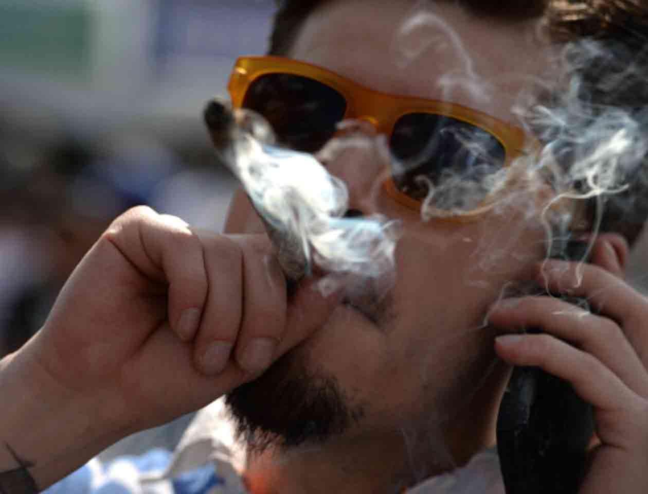 Los legisladores no quieren que los impuestos por la marihuana regresen a los bolsillos de la gente Foto: Getty Images/Archivo