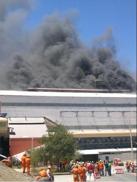 El incendio afectó en Planta Chancado en Colon Alto. Foto: Twitter