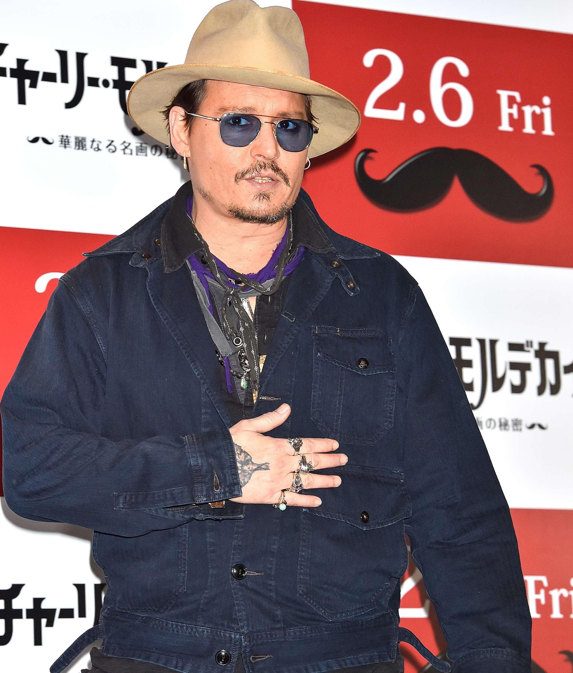 Johnny Depp se encontraba en Japón cuando luchó contra la leyenda urbana, el temido 'chupacabras'. Foto: Getty Images