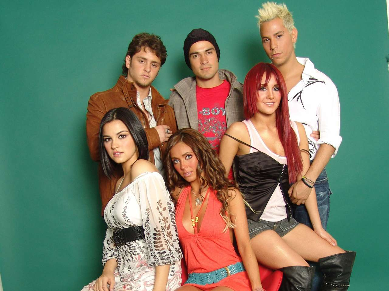 'Rebelde' fue producida por Pedro Damián. Foto: Medios y Media