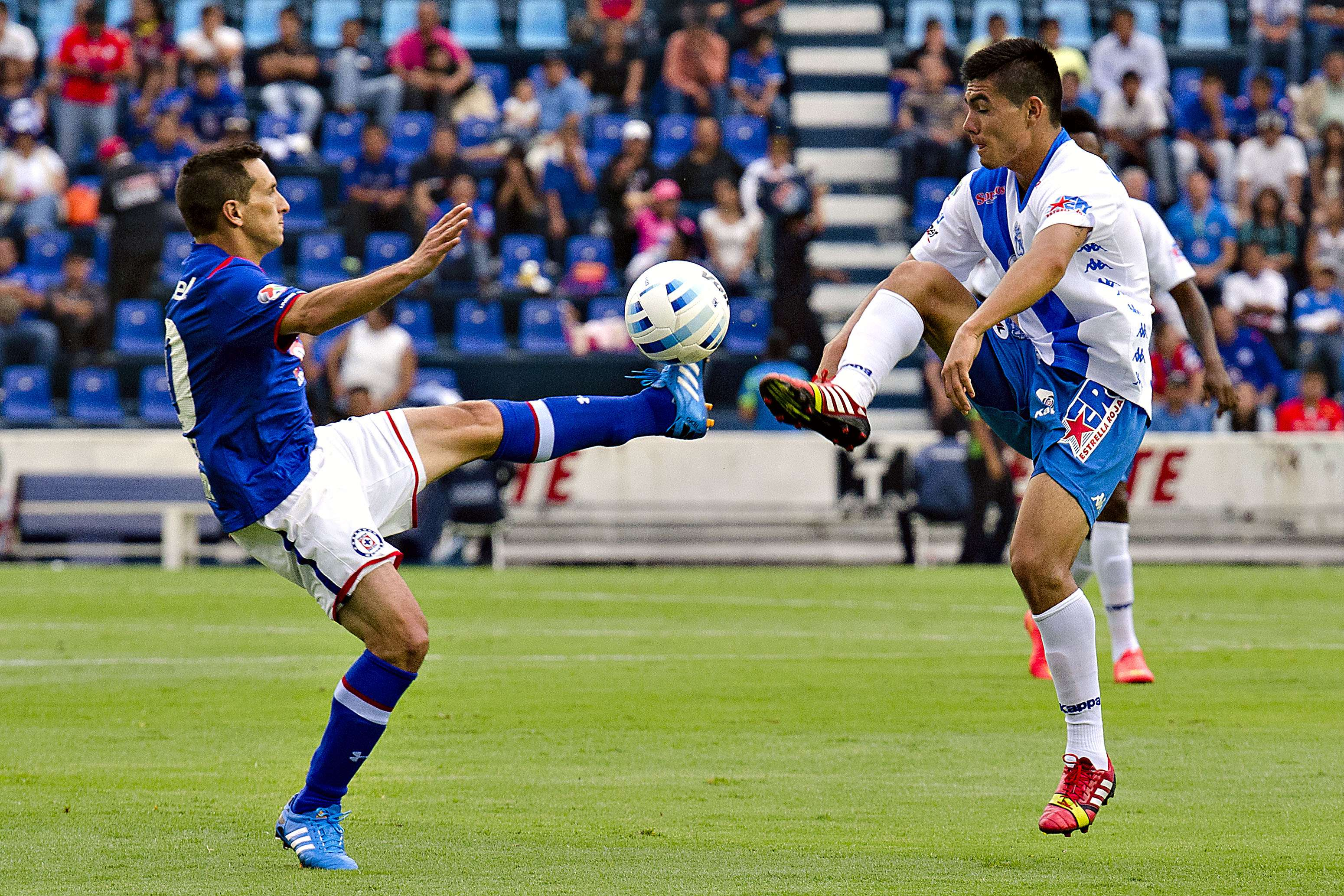 Puebla vs. Cruz Azul Foto: Mexsport