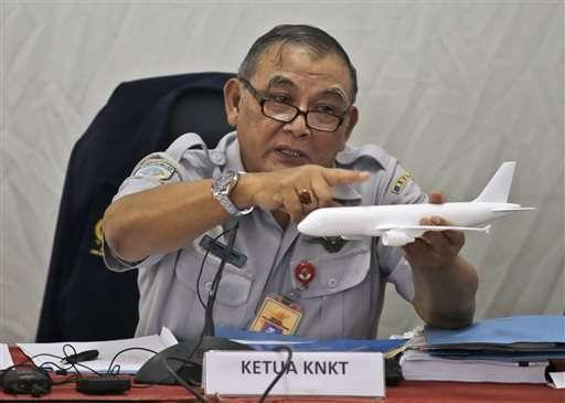 Autoridades de Indonesia explicaron que el avión viajaba en un ángulo de inclinación peligroso, hecho que pudo ocasionar el percance. Foto: AP en español