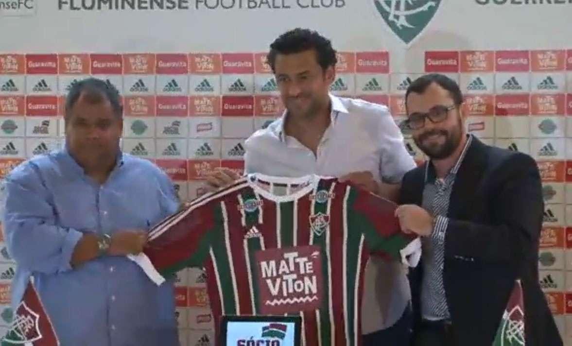 Fred renovou contrato com o Fluminense Foto: Terra
