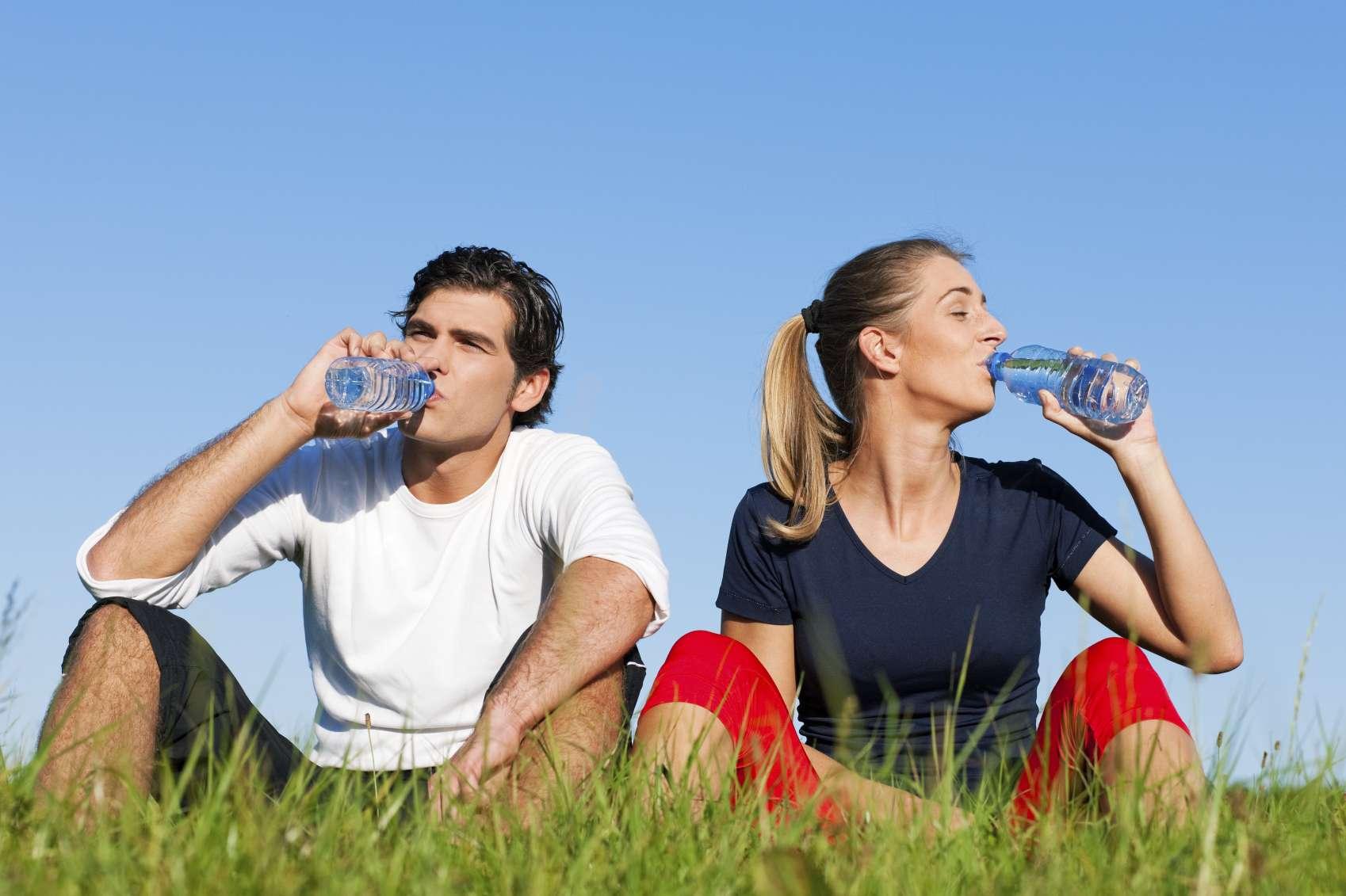Además del clima cálido, la diarrea también puede ser causa de deshidratación. Foto: iStock