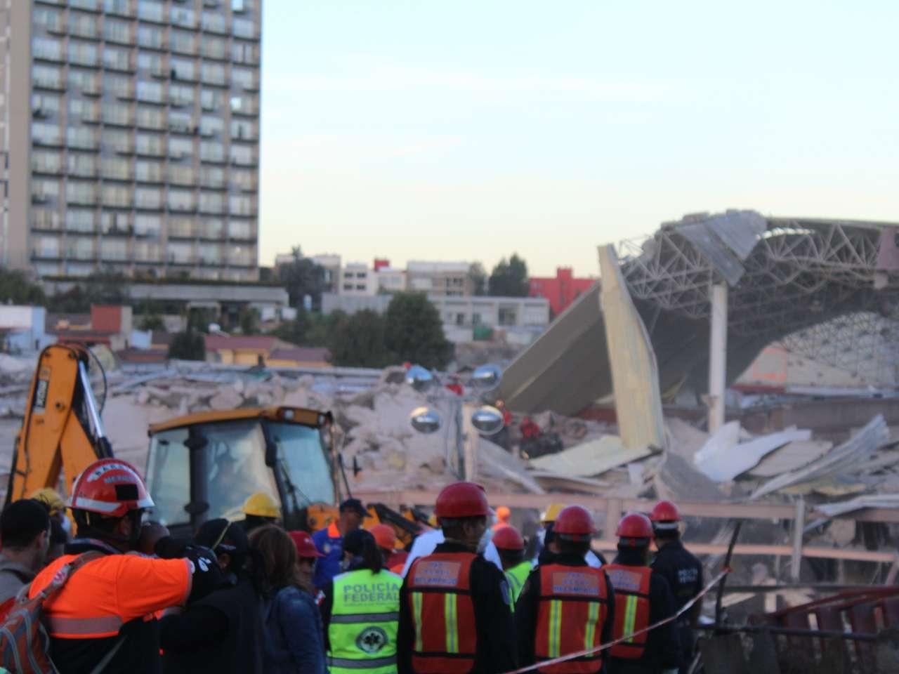 Imágenes de los daños en el Hospital Materno Infantil de Cuajimalpa tras la explosión de una pipa. Foto: David Martínez/Terra