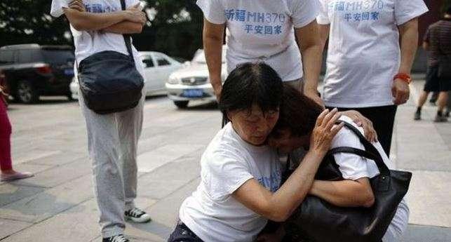 El gobierno de China instó a Malasia a asegurar que se cumplan las promesas de indemnizar a las víctimas. La mayoría de los pasajeros del vuelo MH370 eran de nacionalidad china. Foto: Reuters en español