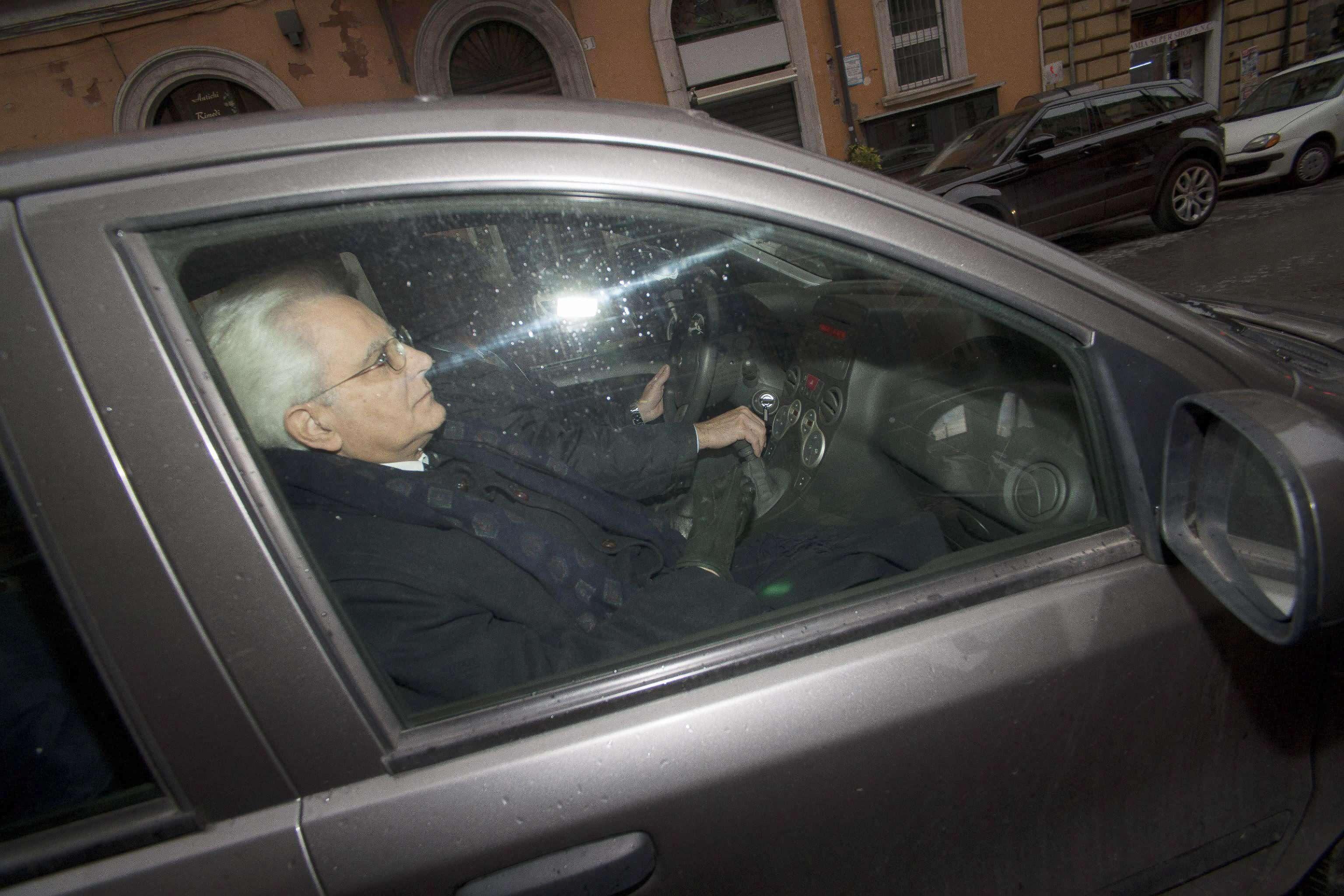 Sergio Mattarella, juez del Tribunal Constitucional y varias veces ministro, de 73 años, ha sido elegido hoy presidente de la República Italiana. Foto: EFE en español
