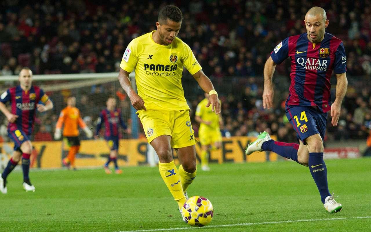 Giovani dos Santos desbordó por la banda derecha, llegó a línea de fondo y asistió Vietto para el segundo gol de Villarreal. Foto: Mexsport