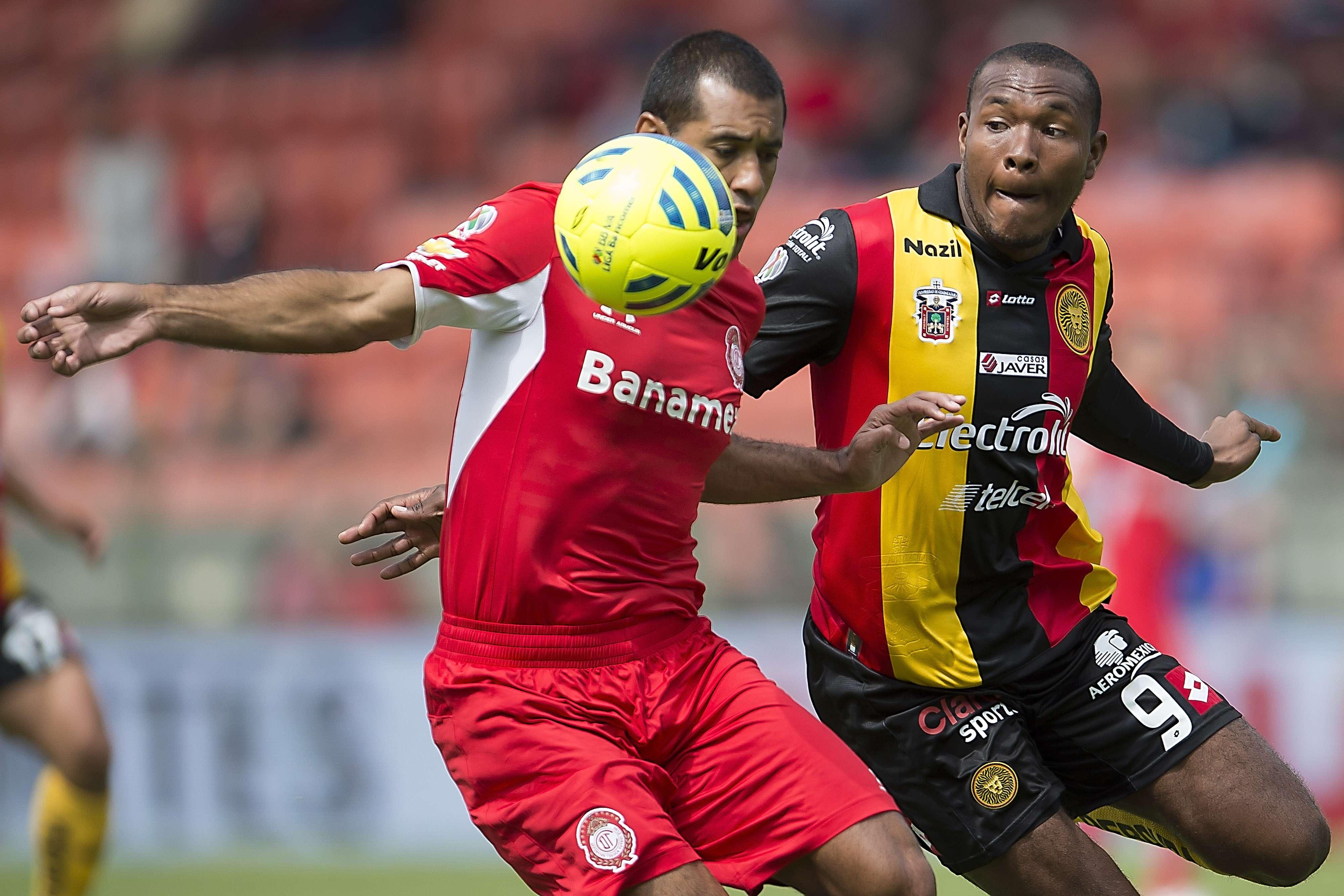 Toluca derrotó 3-1 a Leones Negros. Foto: Mexsport