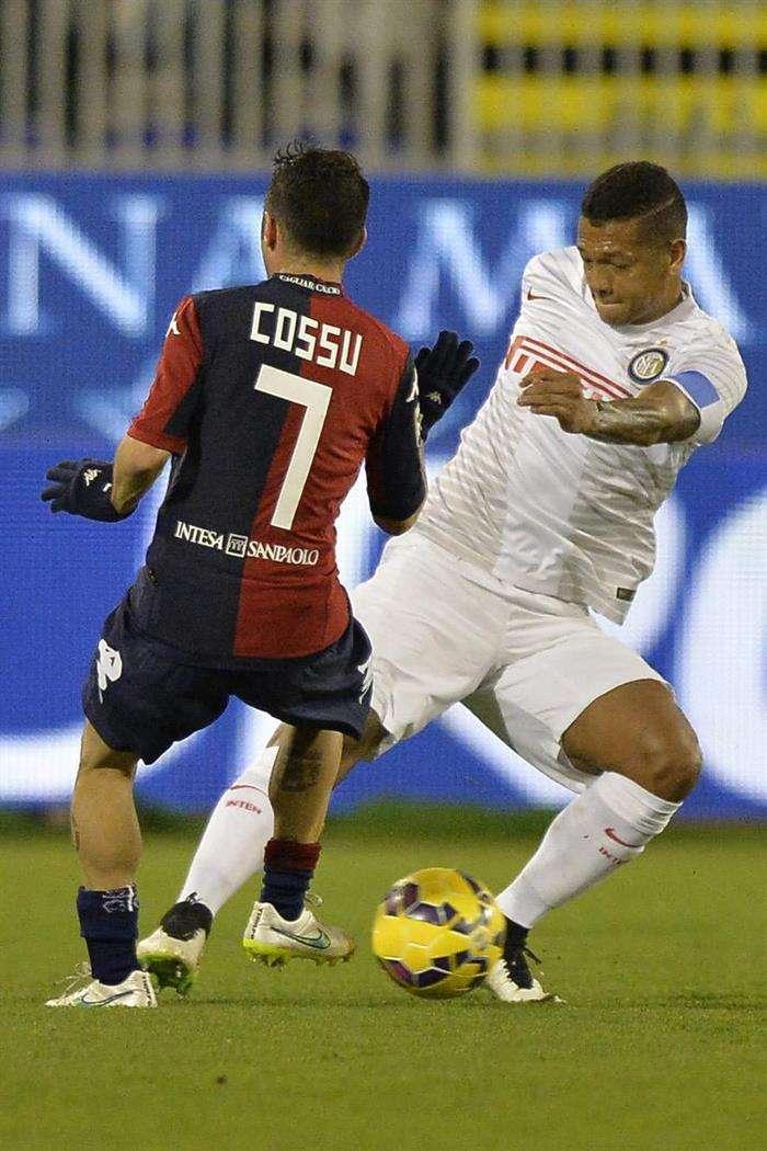 Fredy Guarín fue capitán en la victoria del inter con el Cagliari. Foto: EFE en español