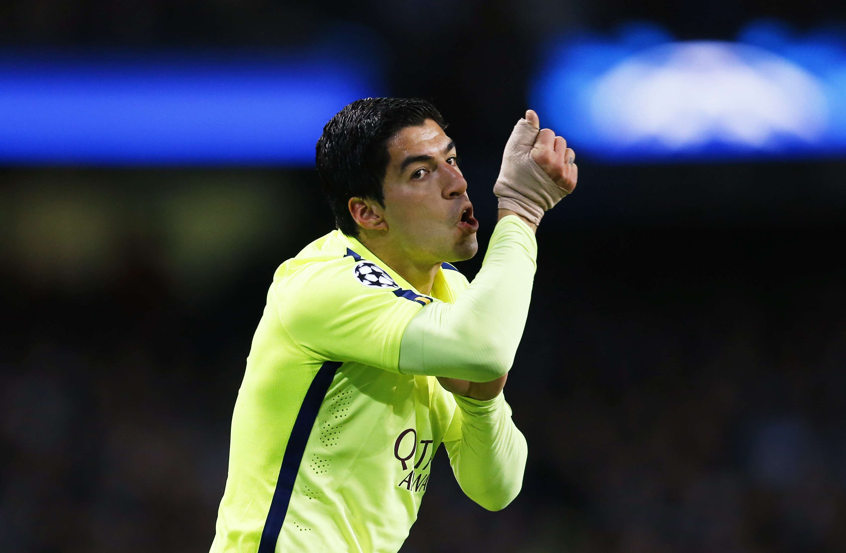 Luís Suárez se destacou pelo Barcelona na Inglaterra Foto: Darren Staples/Reuters