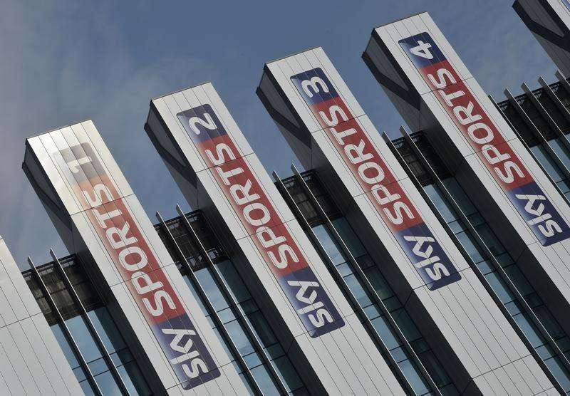 Sky Sports logos are seen on the side of offices at their UK company headquarters in west London July 25, 2014. Foto: Toby Melville/Reuters