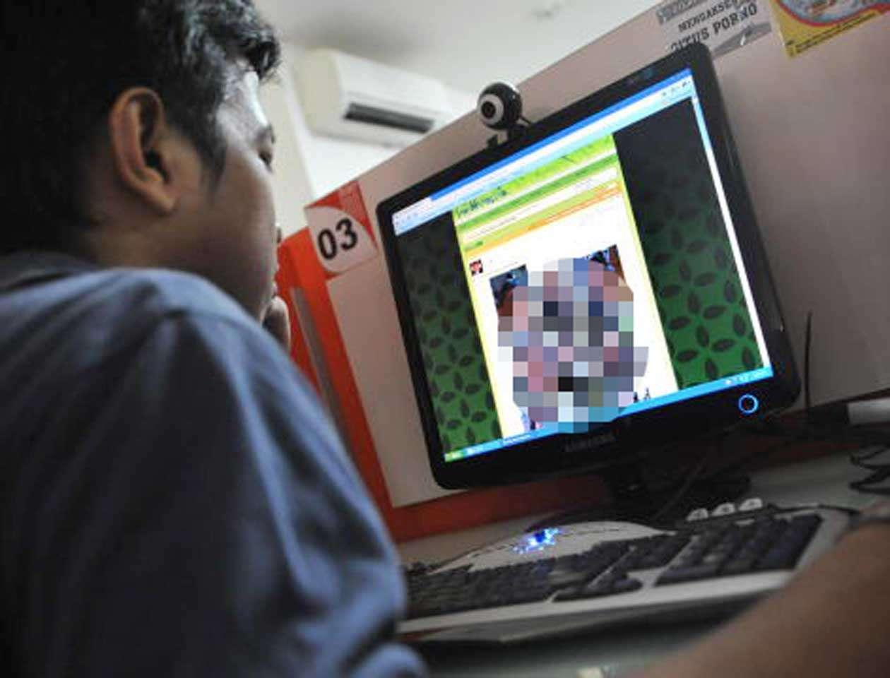 La Policía de Filipinas recientemente desmanteló una red criminal que difundía en directo los abusos sexuales de menores. En la operación fueron detenidas 29 personas. Imagen de ilustración. Foto: BAY ISMOYO/AFP/Archivo