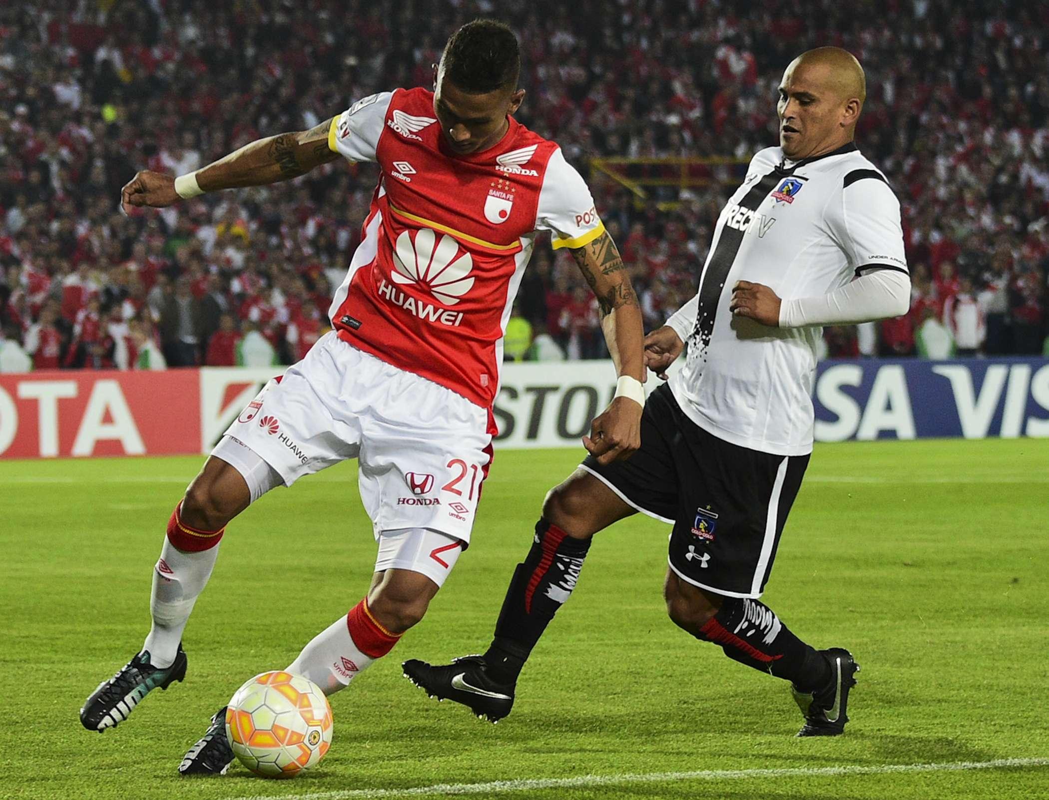 Santa Fe ante Colo Colo por Copa Libertadores. Foto: AFP